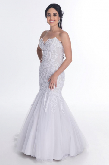 06d704e35d3 We design exquisite wedding gowns to hire or to buy    Ilse Roux ...